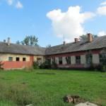 Eladó egy 950 m2-s épület együttes 6686 m2-s telken Tiszasülyön a Tisza parton.